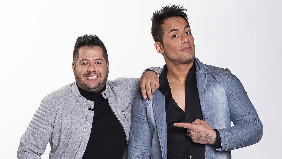 Dupla sertaneja Hugo & Tiago se apresenta em programa da TV Aparecida