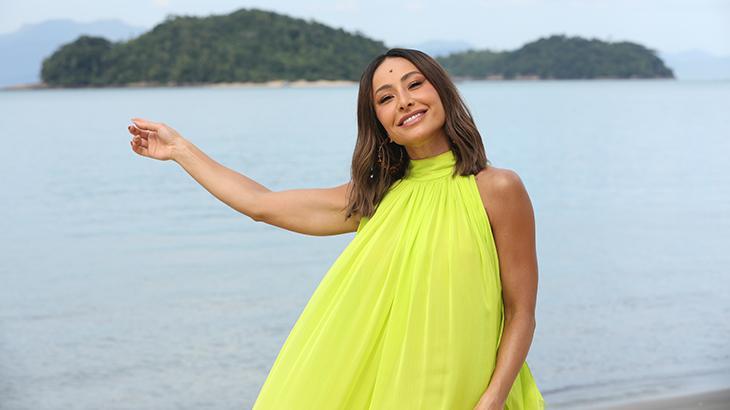 Sabrina Sato na ilha em Paraty, no Rio, cenário do reality Ilha Record