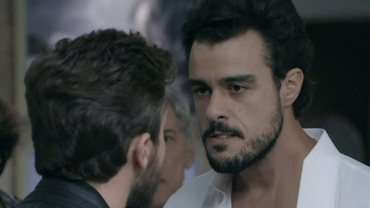 Joaquim Lopes como Enrico em cena da novela Império, em reprise na Globo