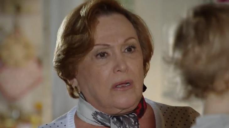 """A Vida da Gente: Caidinha por Rodrigo, Manuela leva sermão de Iná: \""""Basta\"""""""