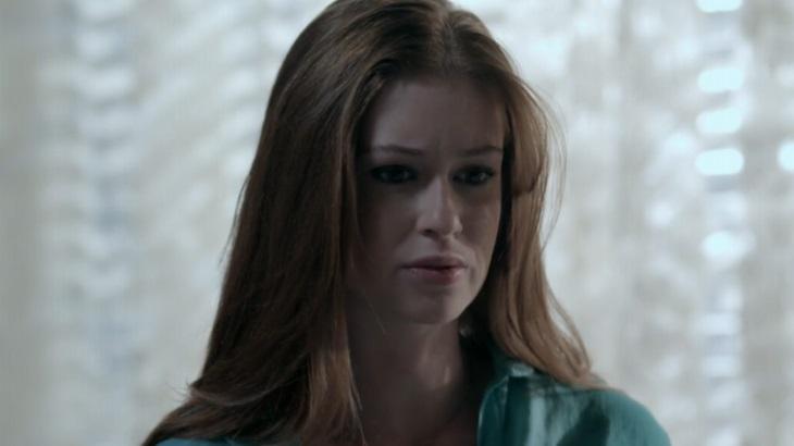 Marina Ruy Barbosa como Maria Ísis em cena da novela Império, em reprise na Globo