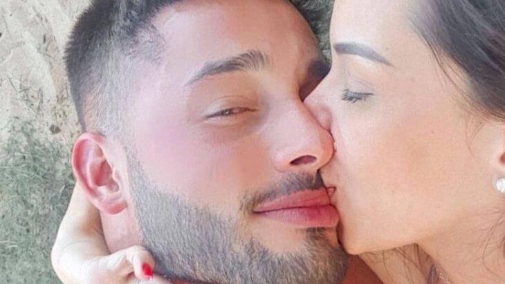Ivy Moraes beijando Fernando Borges