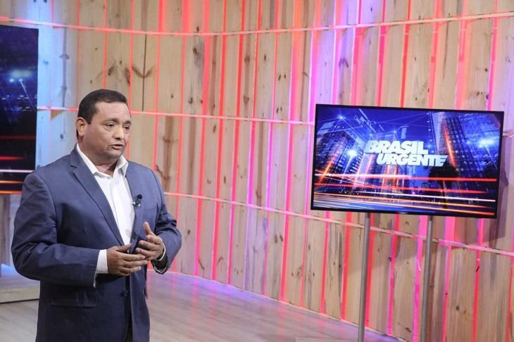 """Âncora da Band que detonou Sikêra Jr se surpreende com repercussão: \""""Voadora técnica\"""""""