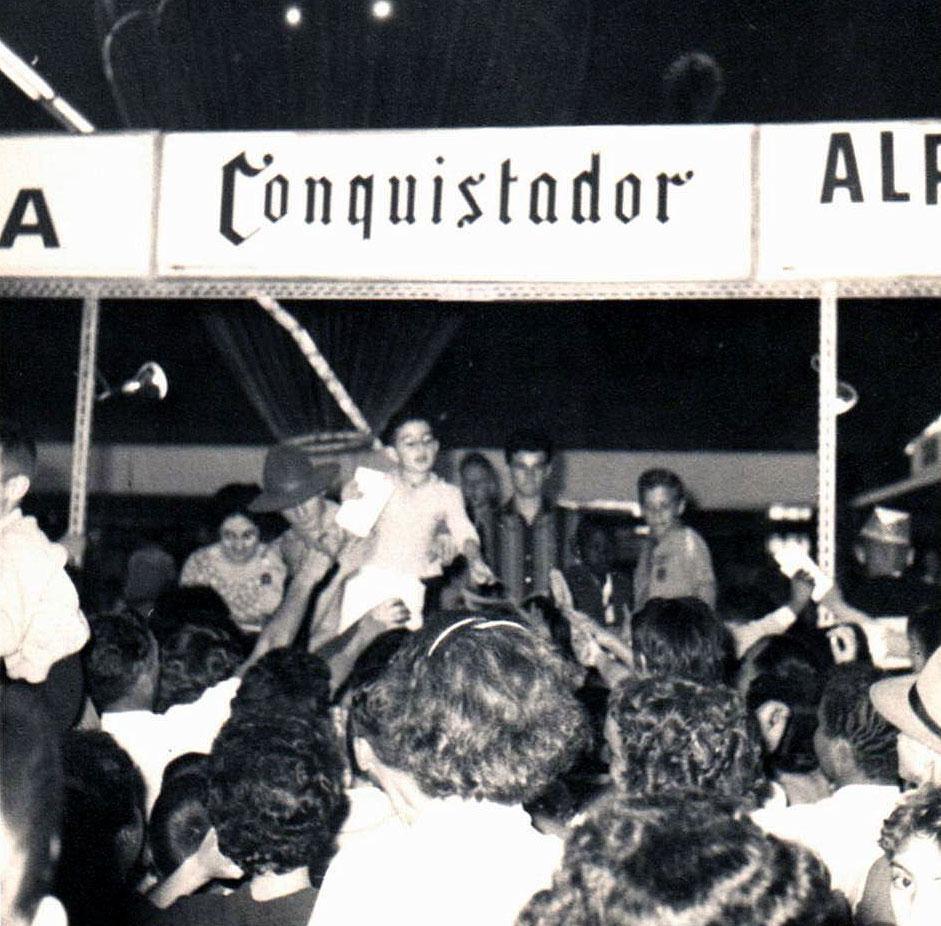 Sabe quem foi o primeiro apresentador mirim da televisão brasileira ? James Ackel