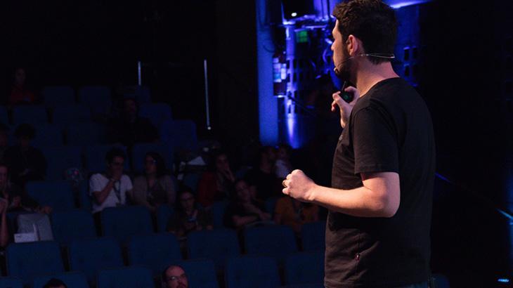 João Mendes é o empresário artístico com maior número de impressões digitais no mundo