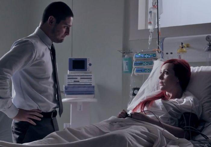 Império: Du cai da escada, para no hospital e Amanda cria fake news com o desespero