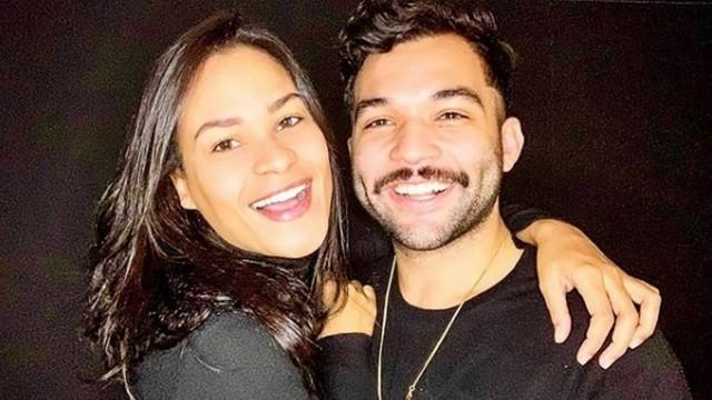 """Ex de Fontenelle, Jonathan Costa contou com apoio de nova namorada durante doença: \""""Medo\"""""""