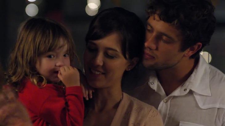 A Vida da Gente: Sem Ana, Rodrigo faz proposta a Manuela