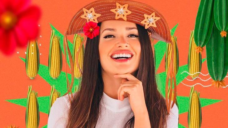 Juliette com chapéu de cangaceiro e imagens de milhos ao fundo