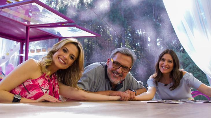 """Estreia da noite, apresentadora e jurados falam animados sobre o \""""Júnior Bake Off Brasil\"""""""