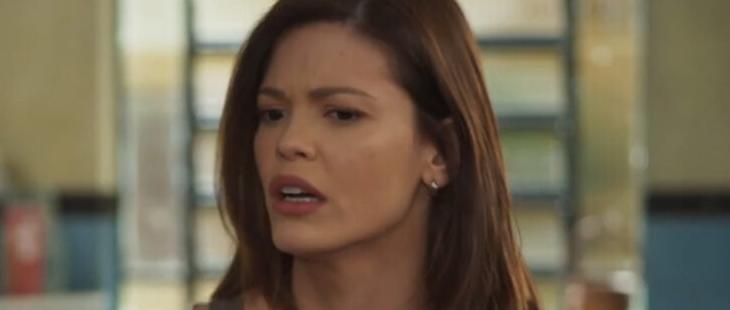 Salve-se Quem Puder: Kyra admite atração por Alan e dá beijão em patrão
