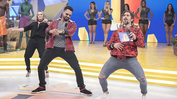 """Marcos Mion dança ao som de Latino e Babado Novo em um dos últimos \""""Legendários\"""""""