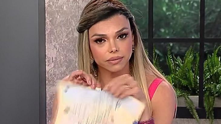 """Léo Áquilla muda certidão de nascimento: \""""Mulher não é ter vagina\"""""""