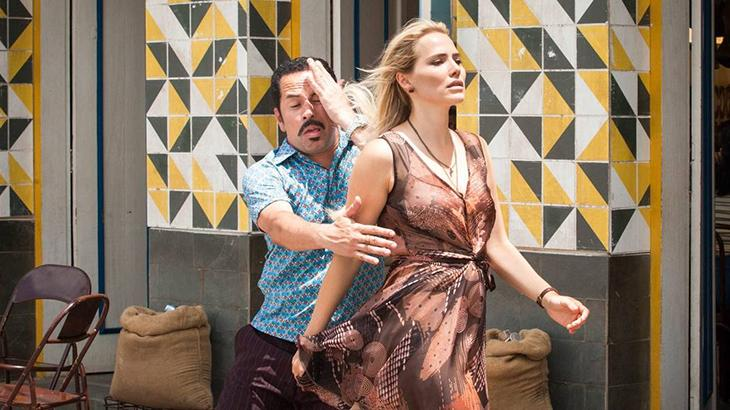 """Brilhando em \""""Cine Holliúdy\"""", Letícia Colin reafirma sua versatilidade"""