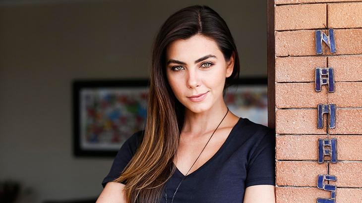 Filha de Datena se casará com executivo da Fox Chile em cerimônia kabbalistica