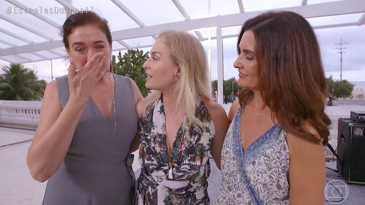"Xuxa aparece na despedida do \""Estrelas\"" e internautas enlouquecem"