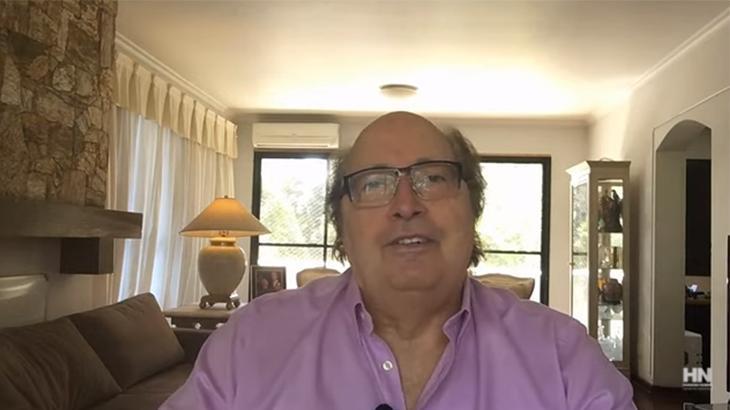 """Ex-diretor do SBT, Luciano Callegari fala sobre fim da TV: \""""Grande estupidez\"""""""