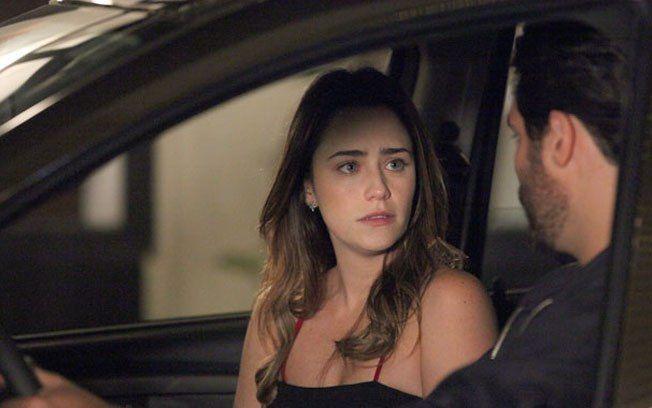 A Vida da Gente: Ana pede nova chance a Lucio e médico surpreende