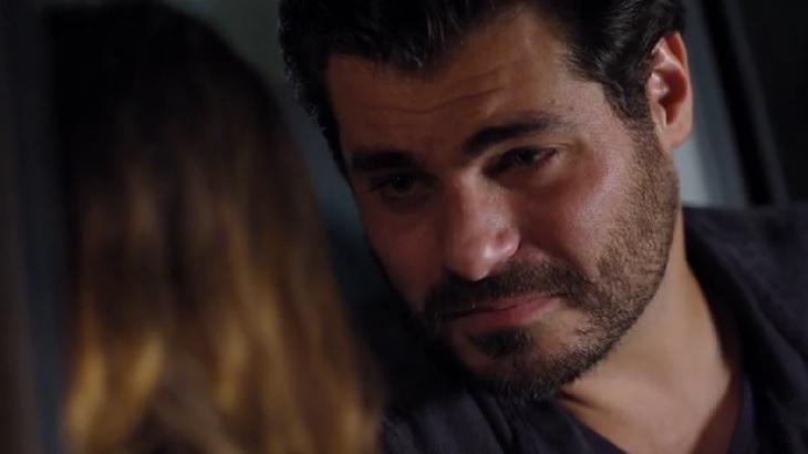 """A Vida da Gente: Lúcio dá um fora em Ana: \""""Não posso te aceitar\"""""""
