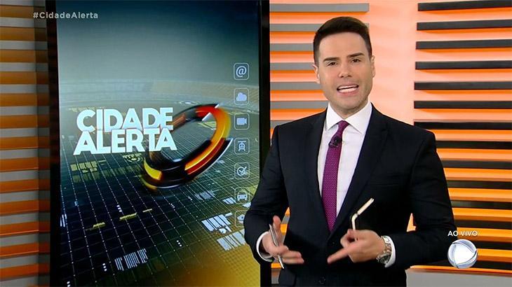 Recuperado do coronavírus, Luiz Bacci volta ao Cidade Alerta