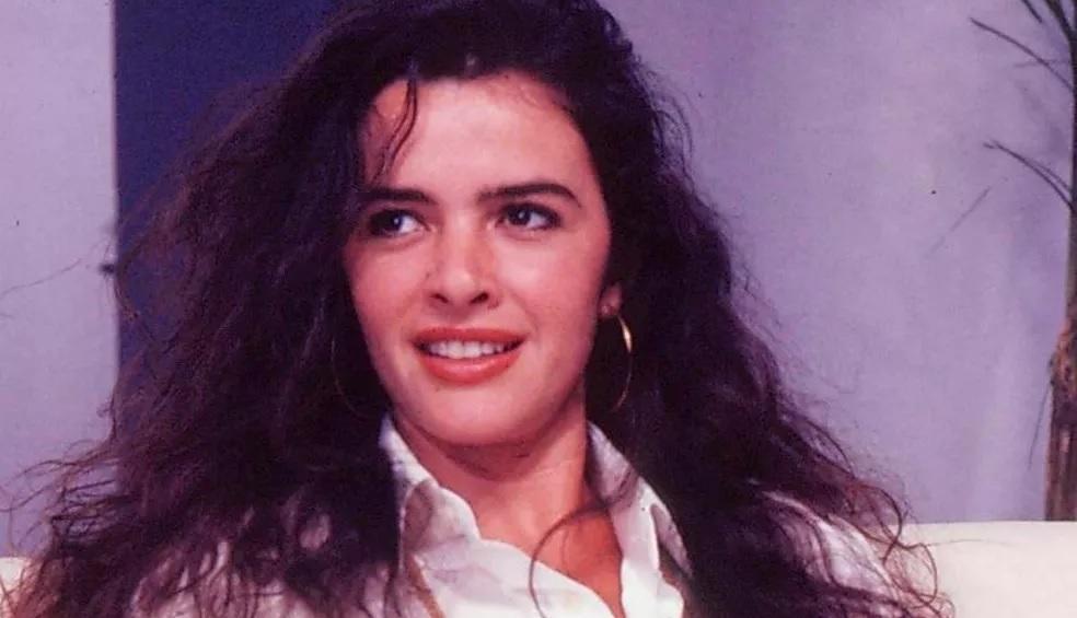 Luma de Oliveira como Ana Maria nas gravações da novela Meu Bem Meu Mal, exibida entre 1990 e 1991