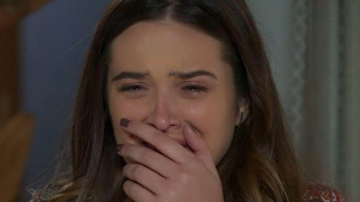 Salve-se Quem Puder: Luna vê o pai após ser desmascarada e chora