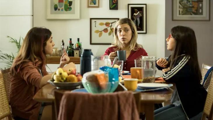 """""""E se desse para se separar estando casado?"""" Warner estreia comédia nacional com atriz da Globo"""