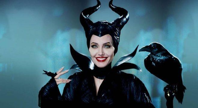 Angeline Jolie como Malévola
