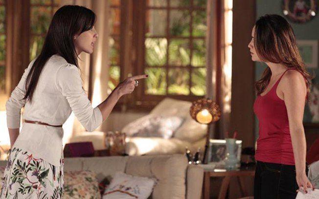 """A Vida da Gente: Manu detona irmã ao saber de casamento com Lúcio: \""""Não merece\"""""""