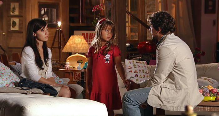 A Vida da Gente: Júlia acusa Ana de provocar a separação dos pais