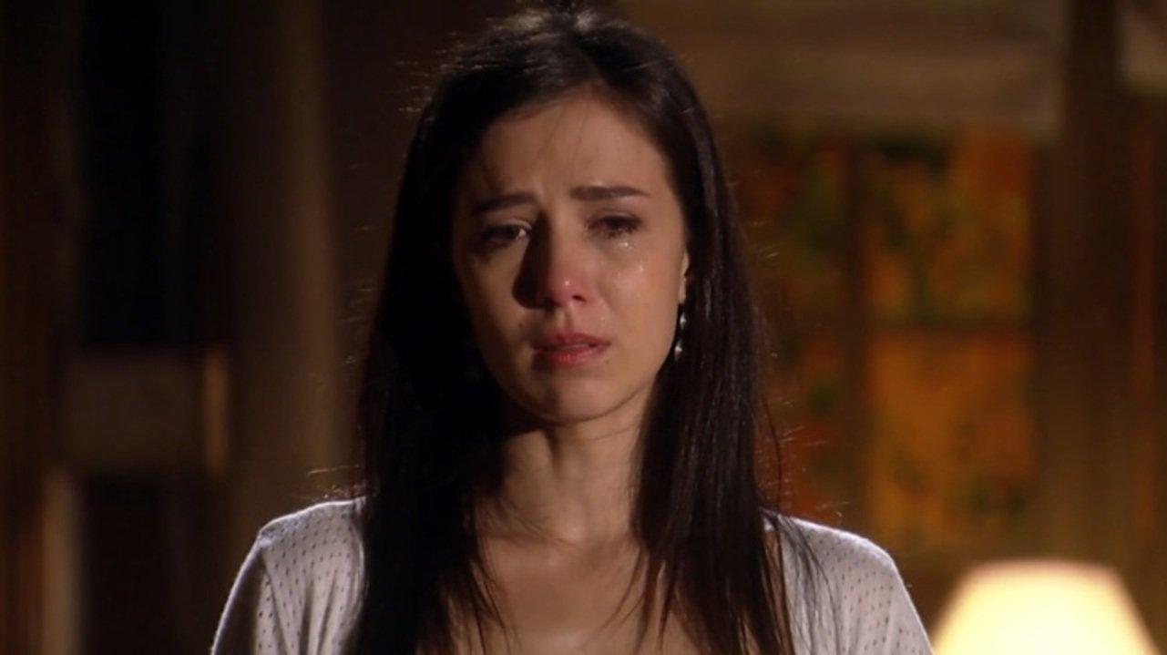 Marjorie Estiano como Manuela em cena da novela A Vida da Gente, em reprise na Globo