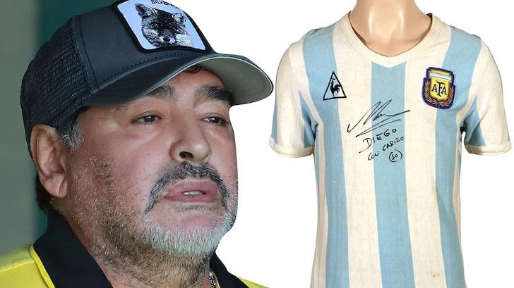 Maradona e camisa autografada