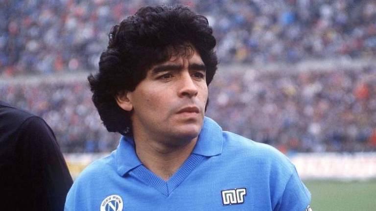 Velório de Maradona é marcado por tumulto e emoção na Argentina
