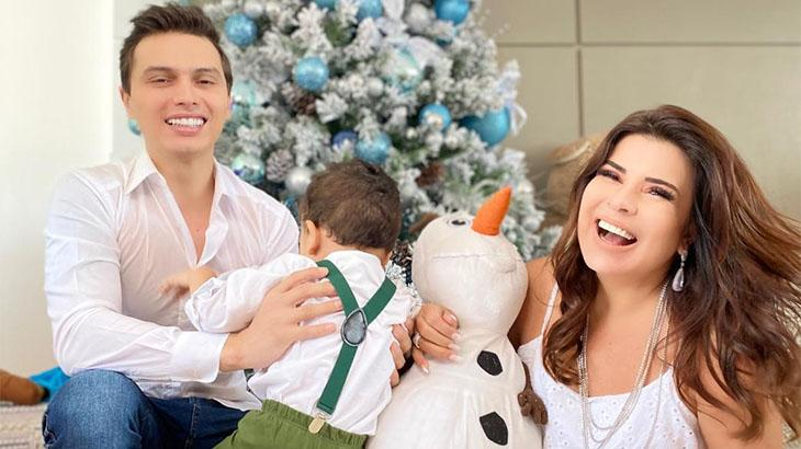 Mara Maravilha ao lado do marido, Gabriel Torres, e do filho, Benjamim