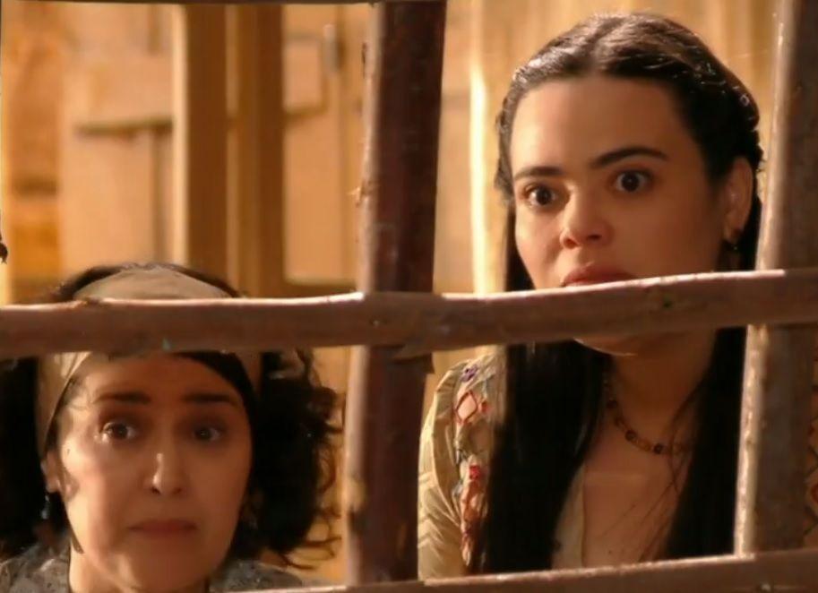 Maria Adília e Dadá com olhar de surpresa para Veridiana e Manolo