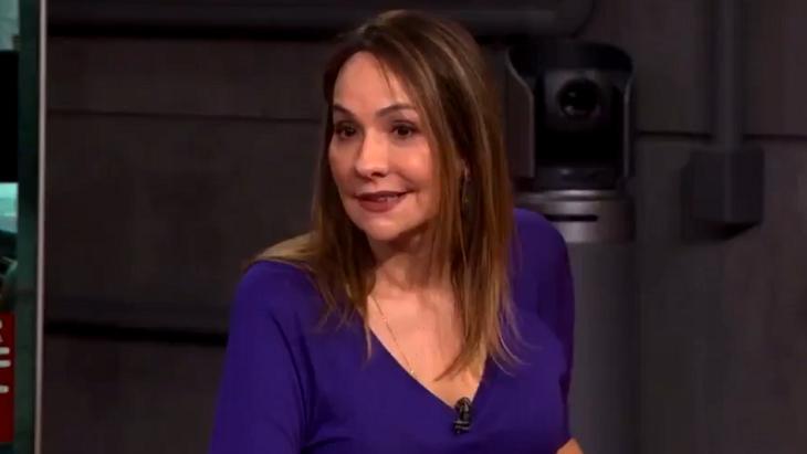 Maria Beltrão emocionada no Estúdio i