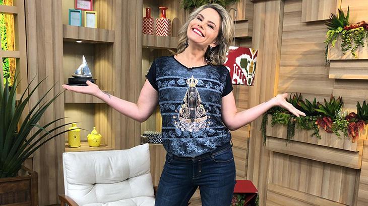 Maria Cândida na última edição do seu programa na TV Aparecida