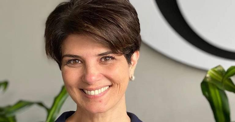 Mariana Godoy sorrindo