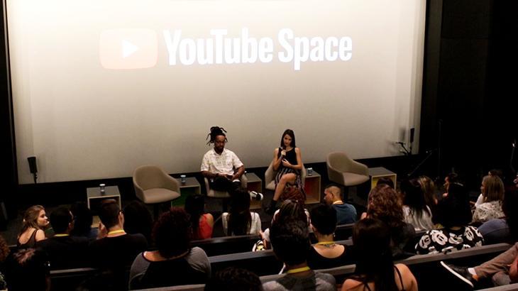 Fenômeno na internet, cantora Mariana Nolasco lança clipe no Rio