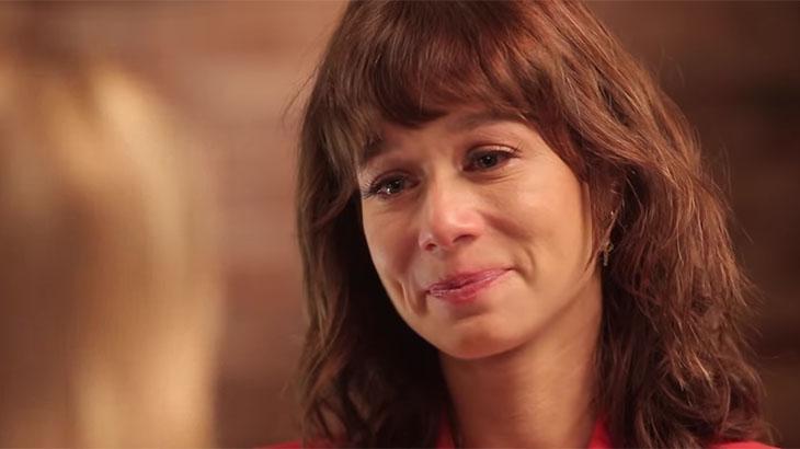 Mariana Ximenes chorando