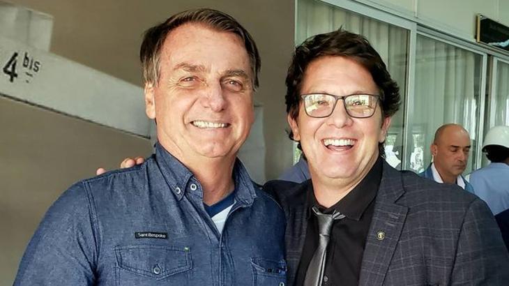 Secretário de Bolsonaro, Mário Frias aparece em reprise de Malhação, na Globo