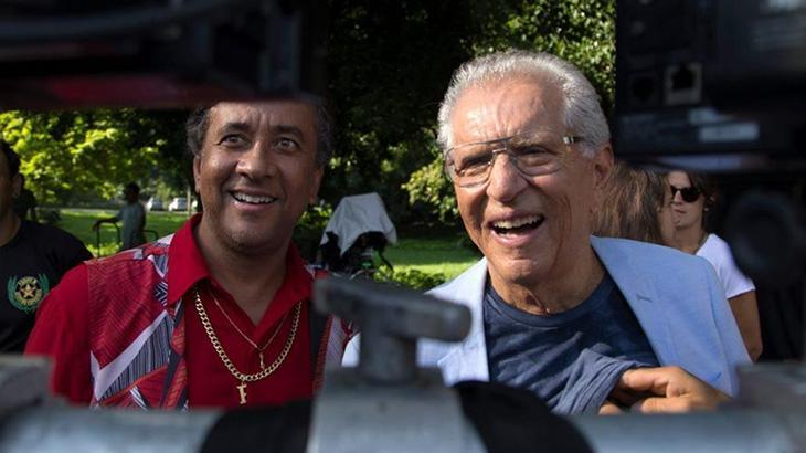 Maurício Manfrini e Carlos Alberto de Nóbrega nos bastidores do filme No Gogó do Paulinho