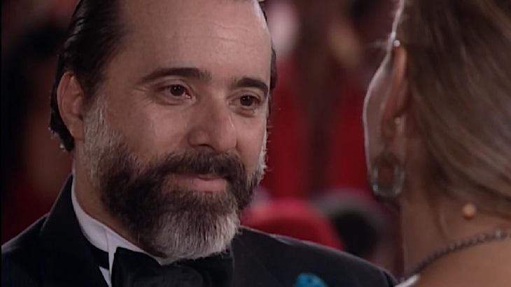 Tony Ramos como Miguel em cena da novela Laços de Família, em reprise na Globo