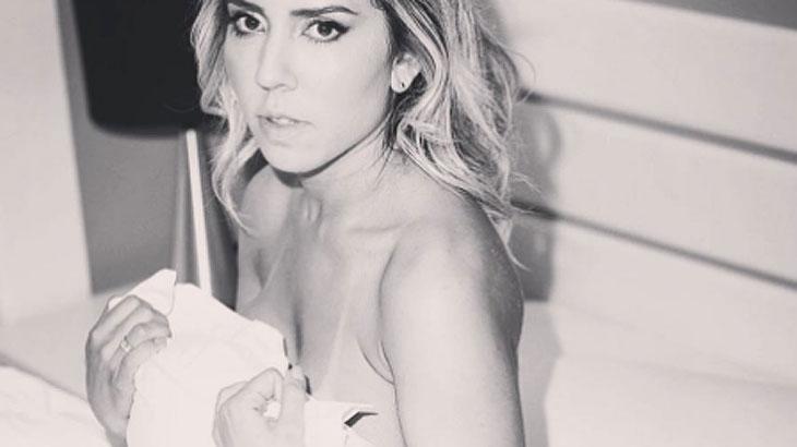 Mulher Melão apaga fotos sensuais para investir mais na carreira de cantora