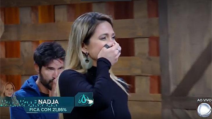 Nadja Pessoa chora