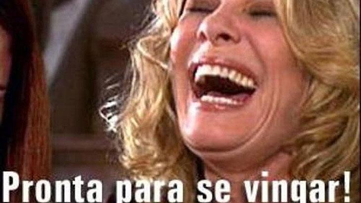 """Renata Sorrah diz: \""""trabalhei a vida toda pra virar a mulher dos memes\"""""""