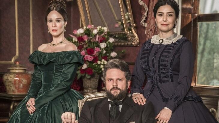 """Mariana Ximenes comenta volta das gravações na Globo: \""""Todo retorno é uma dádiva\"""""""