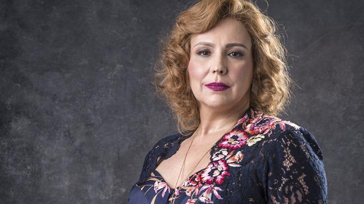 Ana Beatriz Nogueira em O Sétimo Guardião