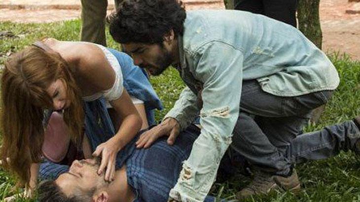 Gabriel desmaia ao chegar na casa de Egídio