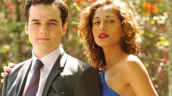Wagner Moura e Camila Pitanga posados para foto